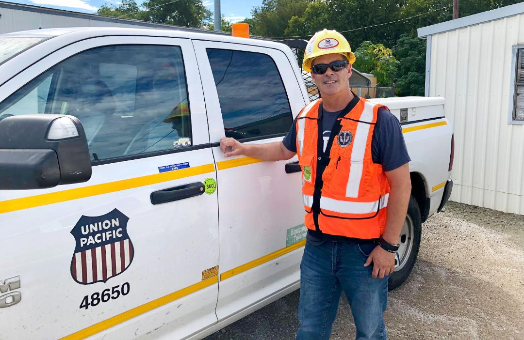 Total Safety Culture Facilitator Todd Hosking created stickers for work vehicles, encouraging employees to complete a 360-degree visual inspection prior to leaving the parking lot.