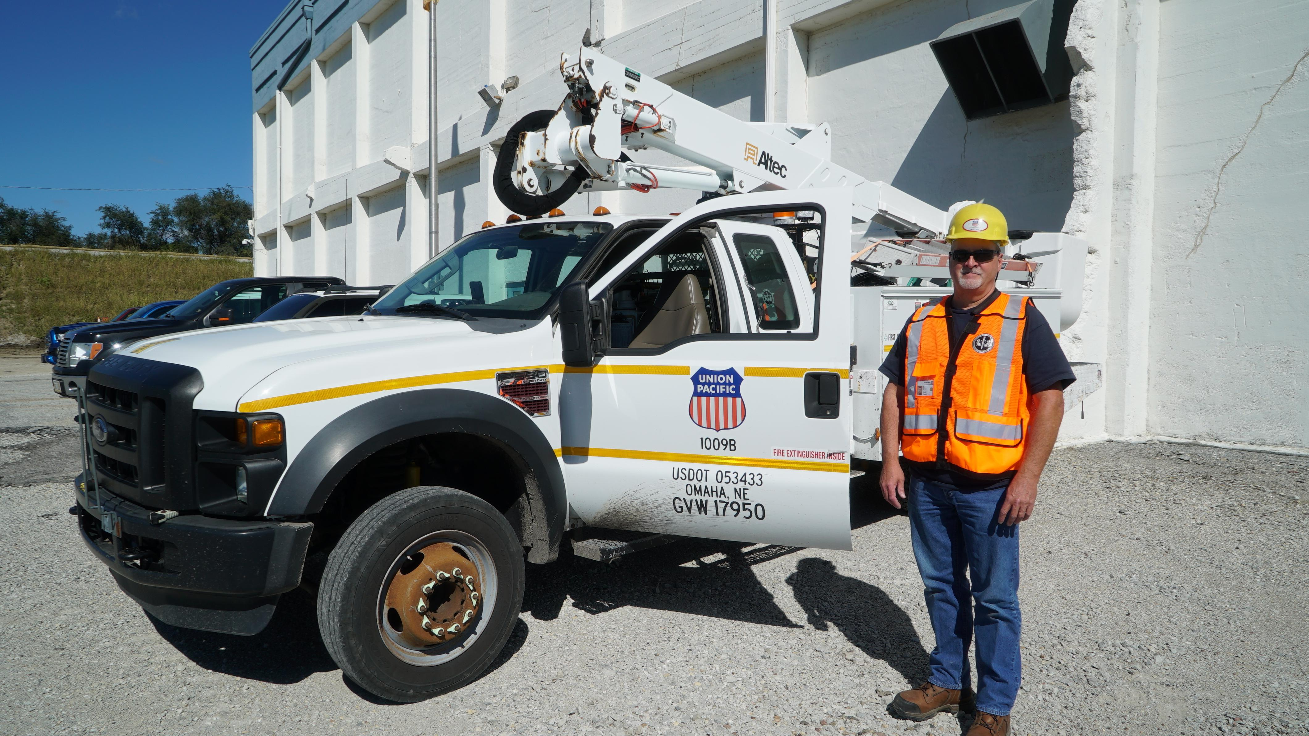 UP: Journeyman Electrician Finds Home at Union Pacific