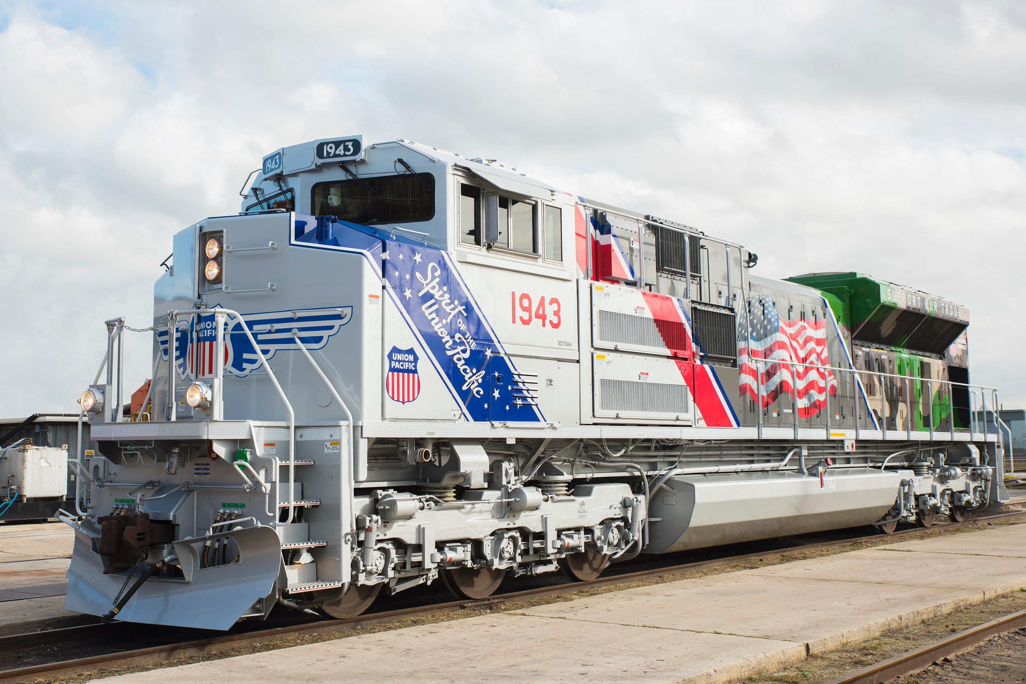 Up locomotive honors remembers those who served locomotive no 1943 the spirit in san antonio texas shortly after it was unveiled for the first time the design of union pacifics biocorpaavc