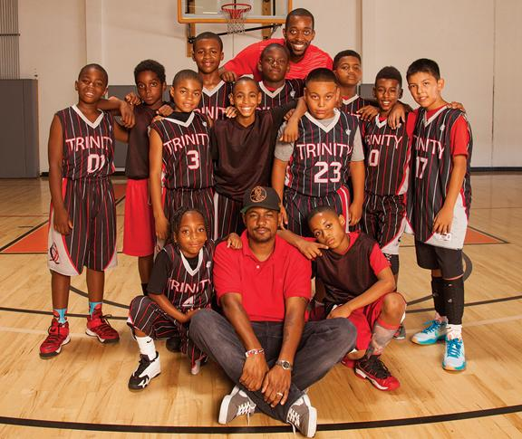 Darrell Henry with Basketball Team